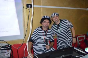 Due simpatici detenuti che hanno animato la festa